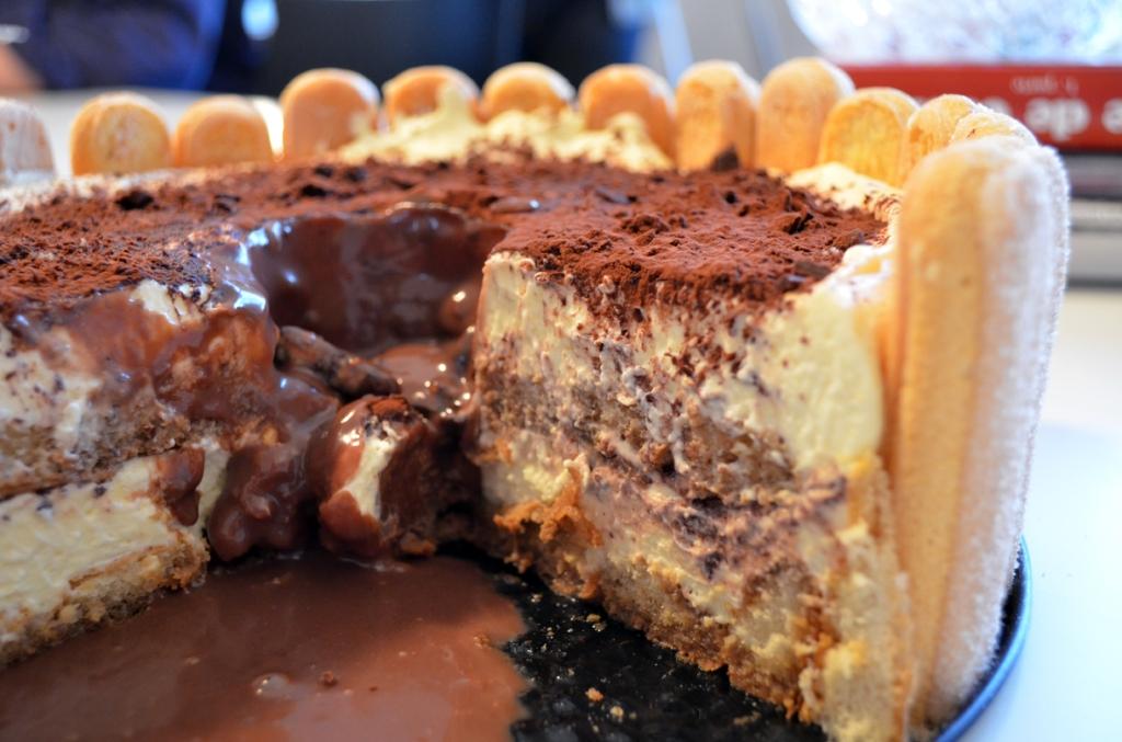 Tiramisu sa čokoladnim twistom